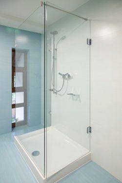 Sprchování sníží spotřebu vody, zdroj: shutterstock.com
